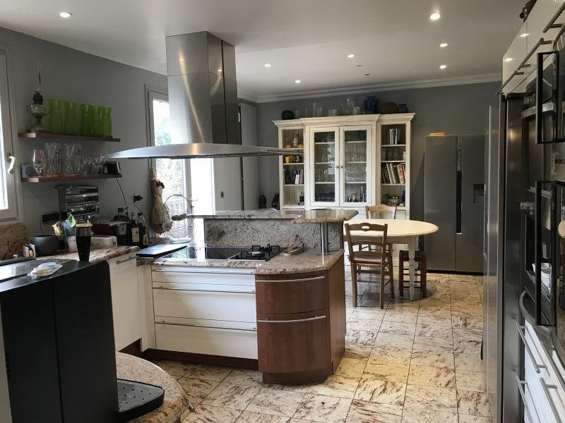 Deluxe sale house / villa Medan 1250000€ - Picture 11