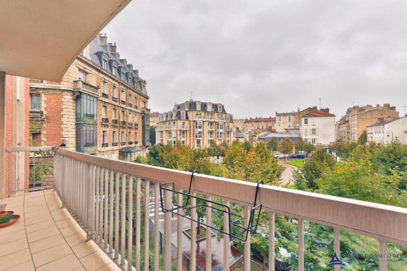 Deluxe sale apartment Charenton le pont 1045000€ - Picture 2