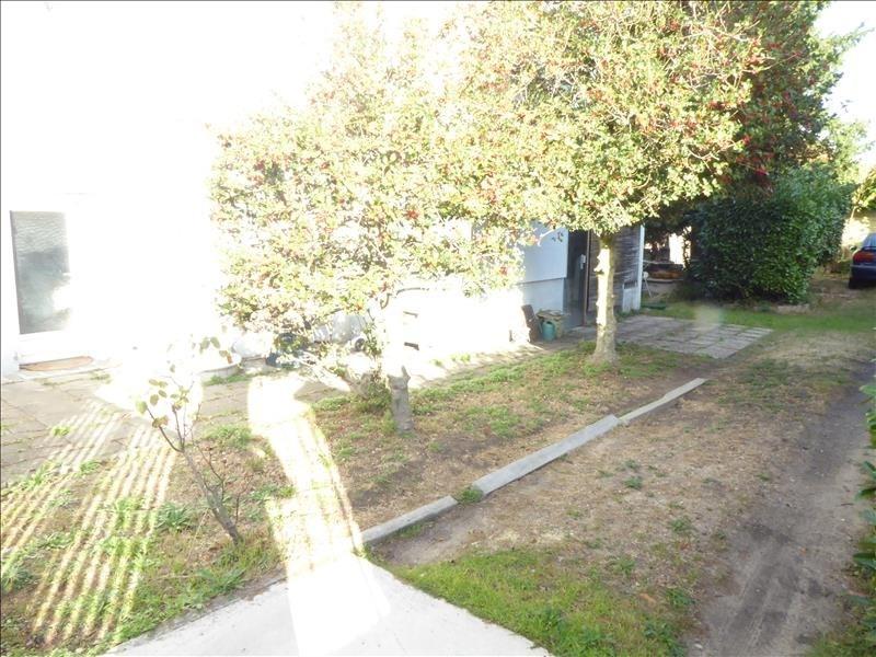 Sale house / villa Villemomble 325500€ - Picture 5