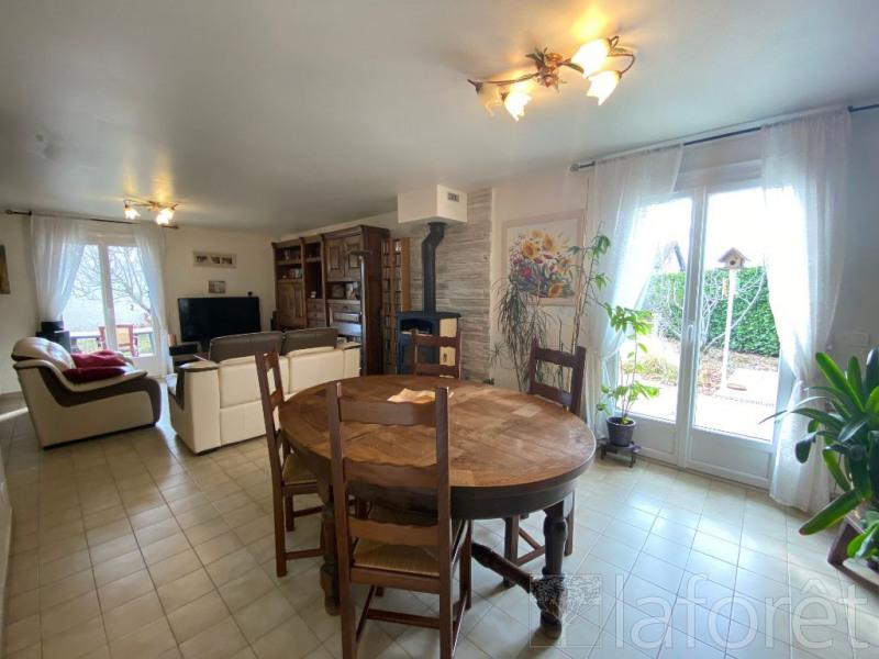 Sale house / villa L isle d'abeau 350000€ - Picture 5