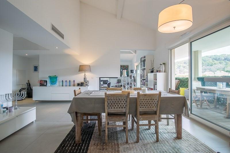 Verkoop van prestige  appartement Bouc bel air 821000€ - Foto 4