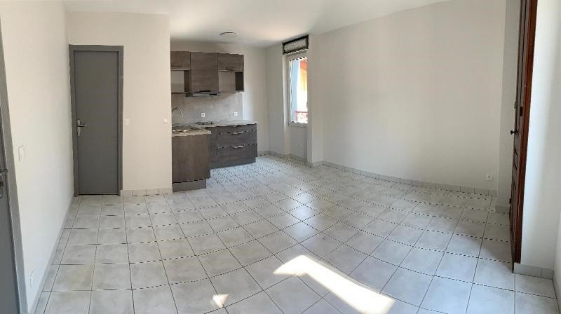 Affitto appartamento Pontcharra 392€ CC - Fotografia 4