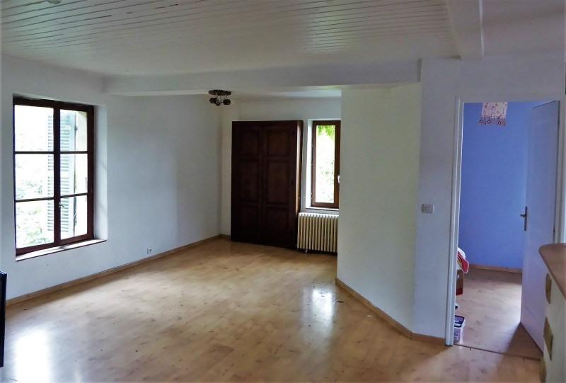 Location appartement Le bouchage 570€ CC - Photo 2