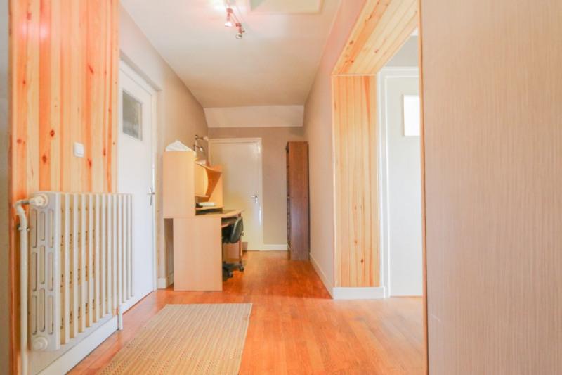 Sale house / villa La ravoire 319000€ - Picture 4