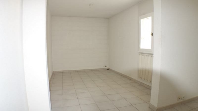 Locação apartamento Toulon 880€ CC - Fotografia 5