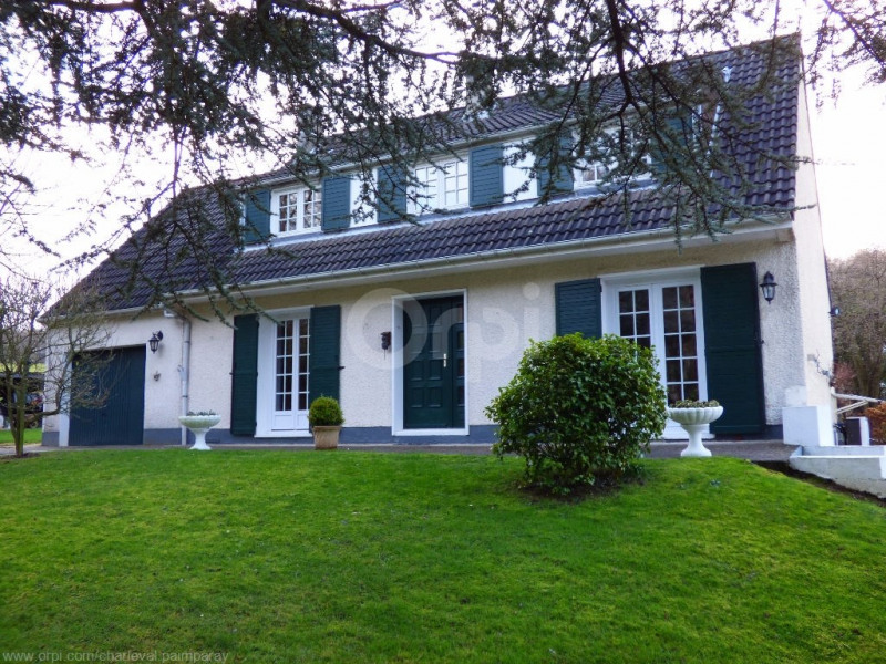 Sale house / villa Charleval 215 000€ - Picture 1
