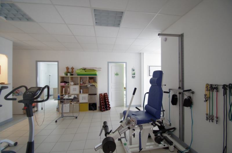 Location local commercial La rochelle 1 270€ CC - Photo 4