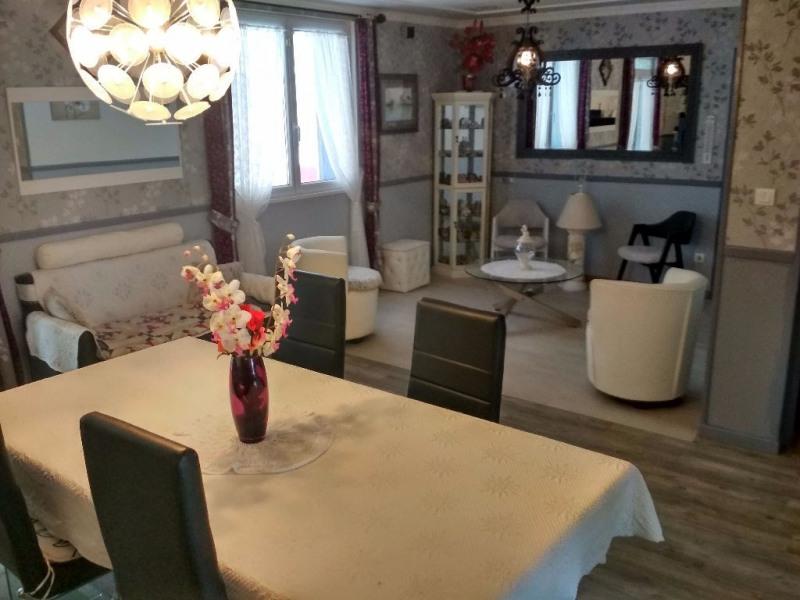 Sale house / villa Le passage 265000€ - Picture 3