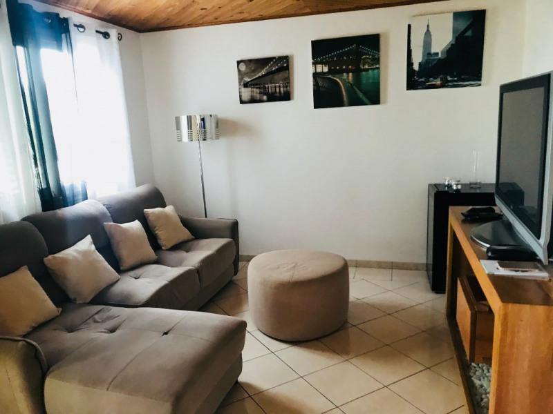 Rental house / villa La possession 1900€ CC - Picture 3