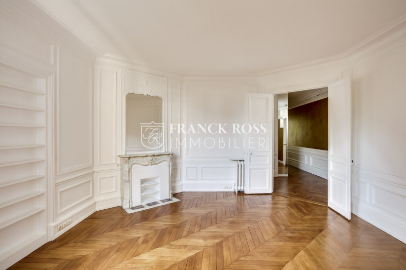 Location appartement Paris 16ème 6 250€ CC - Photo 9