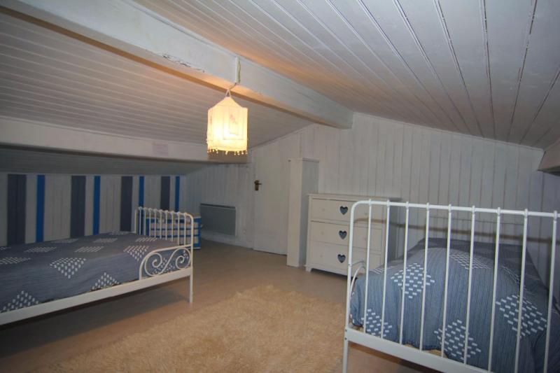 Sale house / villa Vaux sur mer 469900€ - Picture 15