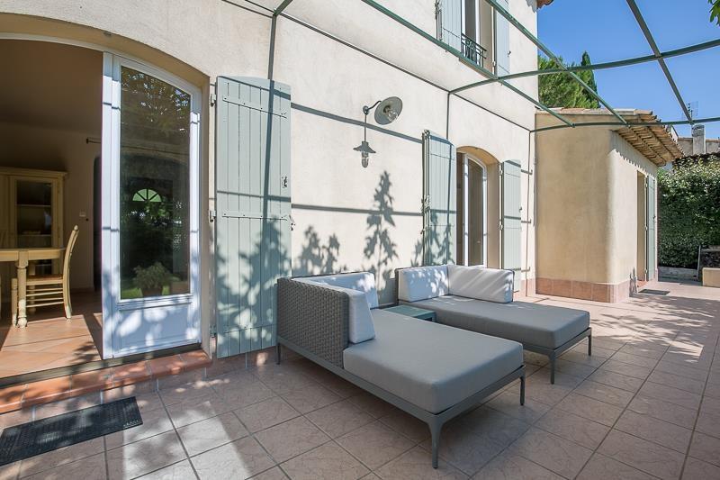 Vente de prestige maison / villa Meyreuil 725000€ - Photo 2
