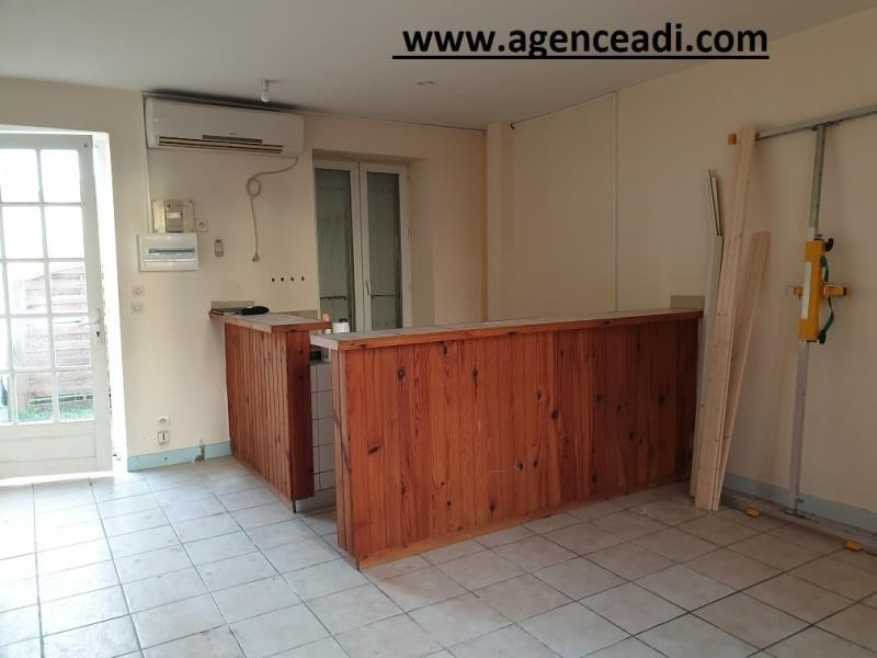 Location appartement La creche 430€ CC - Photo 1