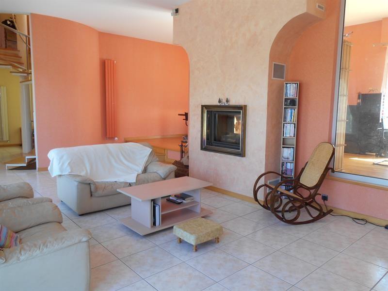 Sale house / villa Lons-le-saunier 440000€ - Picture 5