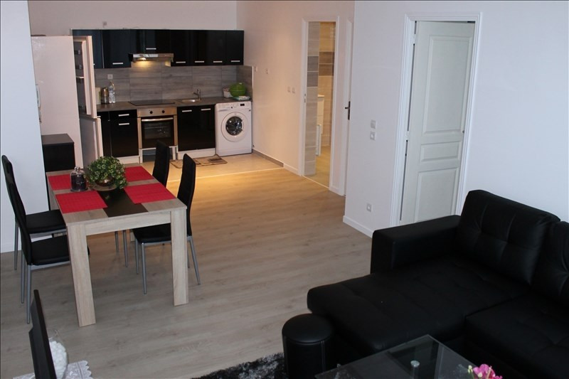 Rental apartment Osny 845€ CC - Picture 2