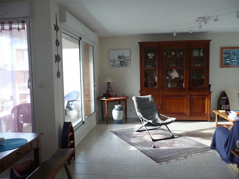 Sale house / villa Plouhinec 222400€ - Picture 5