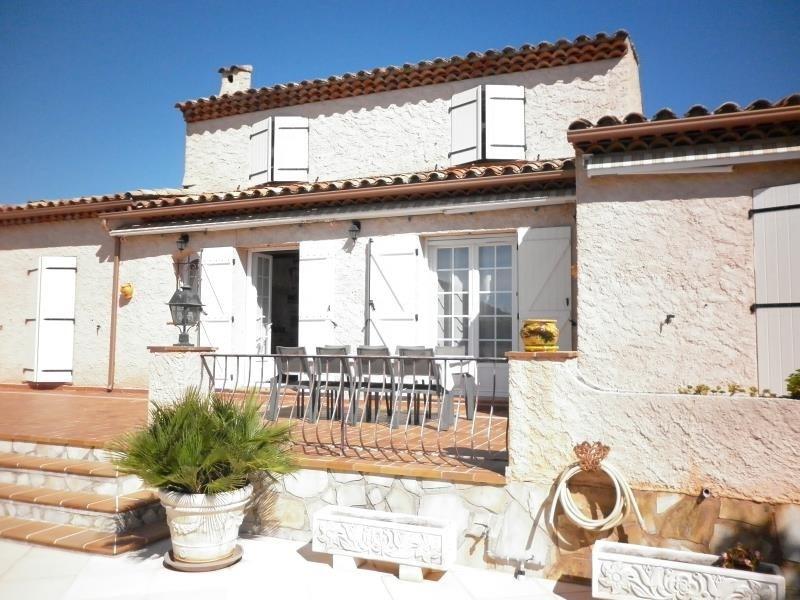 Deluxe sale house / villa Cuers 579000€ - Picture 2