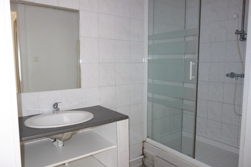 Locação apartamento Toulon 612€ CC - Fotografia 9