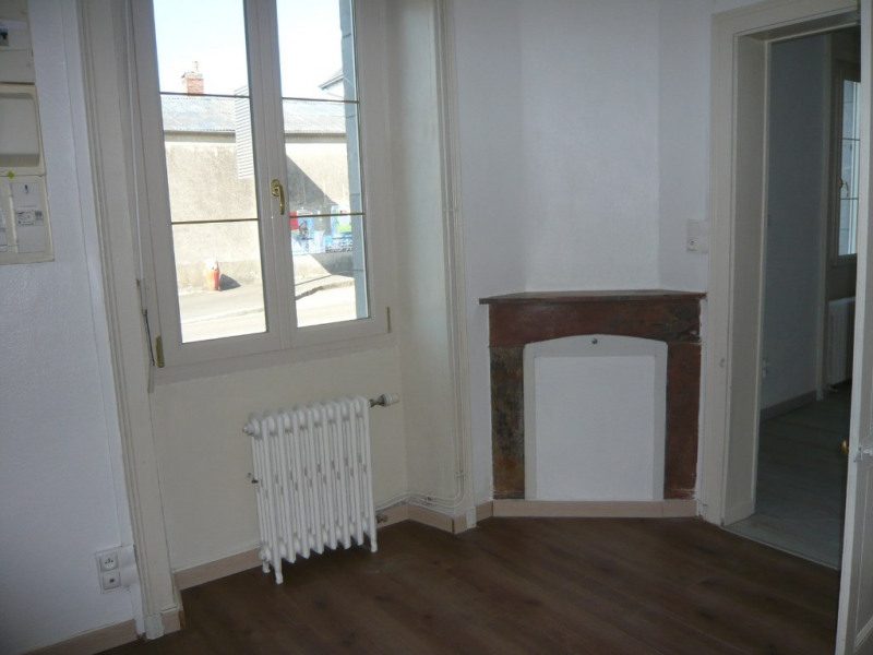 Location maison / villa Vaiges 475€ CC - Photo 2