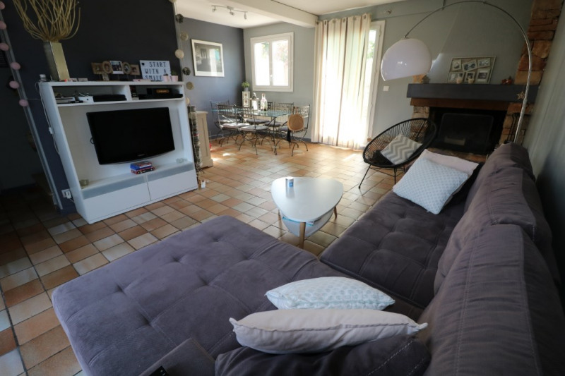 Sale house / villa Coudoux 345000€ - Picture 3