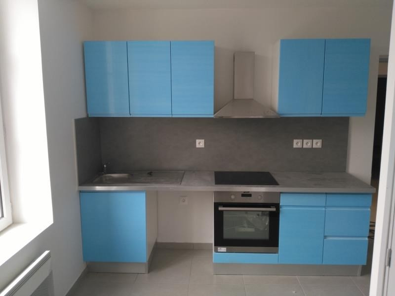 Location appartement Henonville 800€ CC - Photo 2