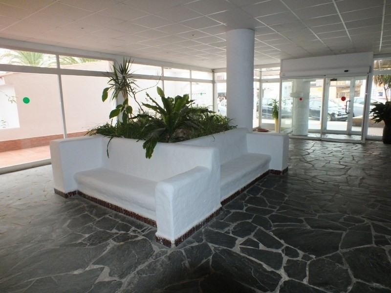 Location vacances appartement Roses santa-margarita 456€ - Photo 4