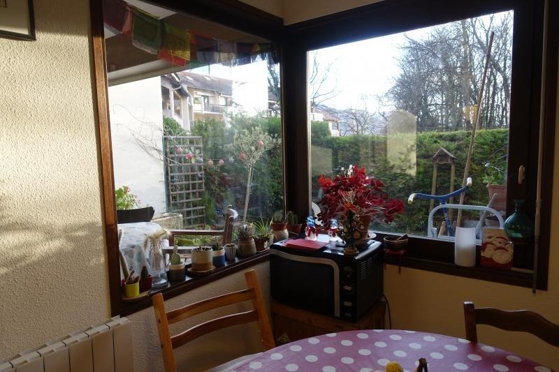 Sale apartment Meylan 265000€ - Picture 2