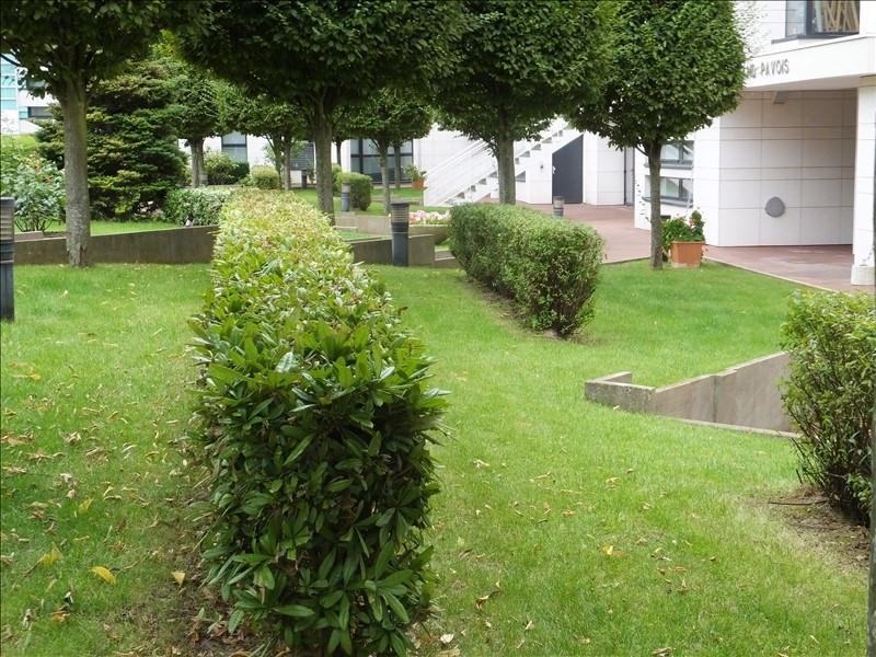 Locação apartamento Montigny le bretonneux 950€ CC - Fotografia 1