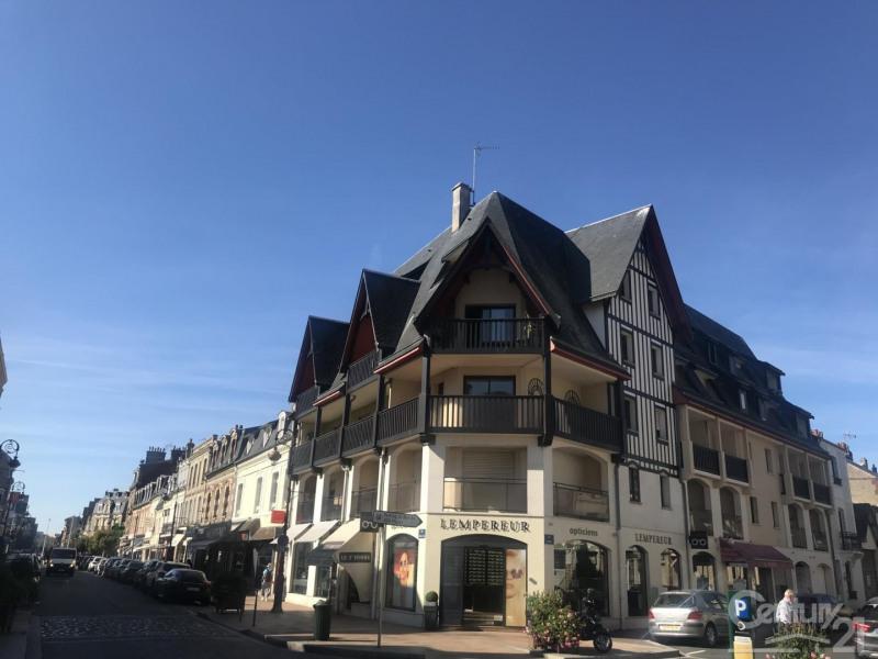 Verkoop  appartement Deauville 265000€ - Foto 1