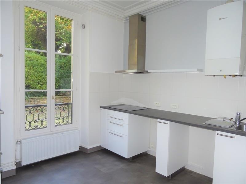Rental apartment Versailles 1695€ CC - Picture 2