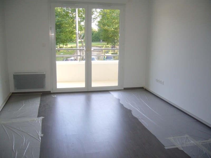 Rental apartment Mours 720€ CC - Picture 2