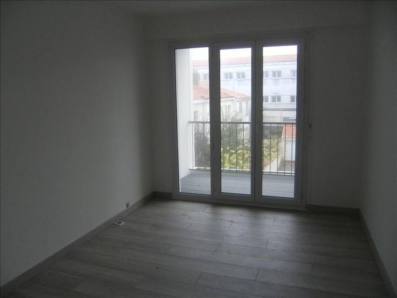 Sale apartment Les sables d olonne 193000€ - Picture 2