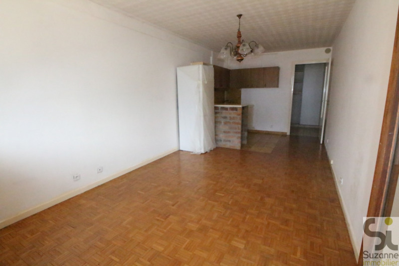 Sale apartment Fontaine 86000€ - Picture 3