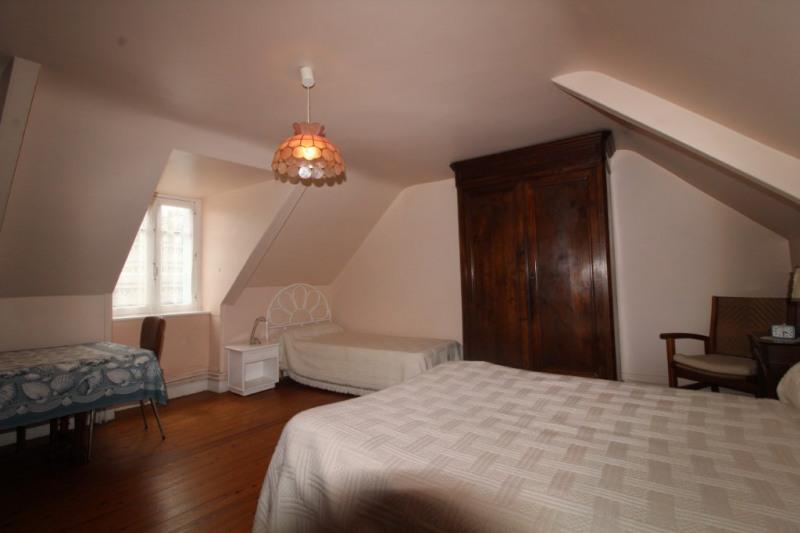 Verkauf haus Le palais 215086€ - Fotografie 4