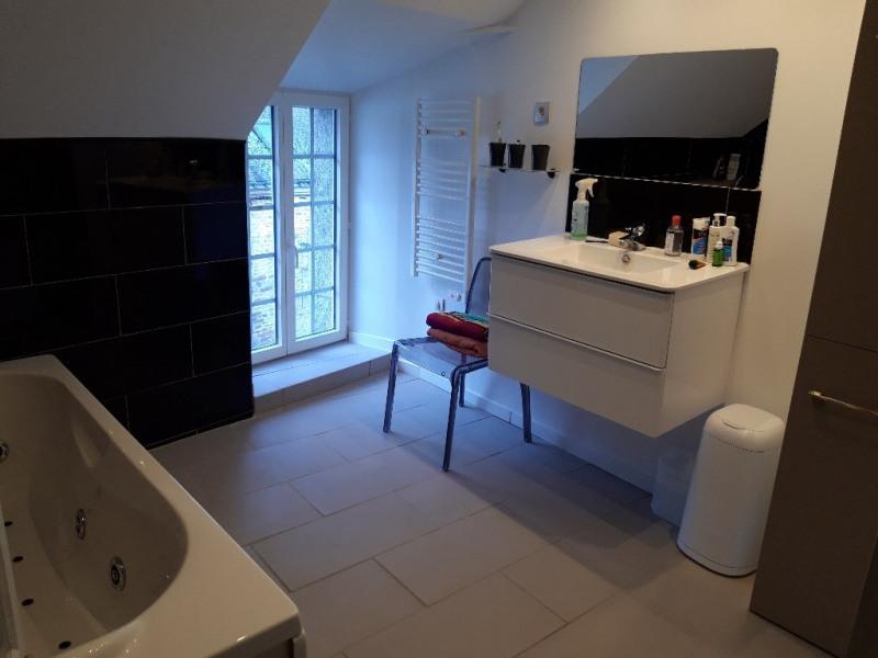 Sale house / villa Saint jean brevelay 231000€ - Picture 5