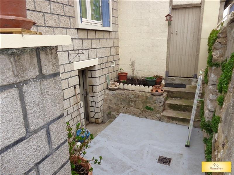 Sale house / villa Freneuse 150000€ - Picture 2