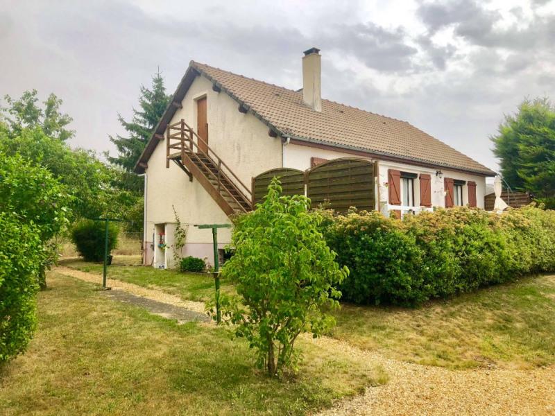 Sale house / villa Fontaine la guyon 216000€ - Picture 1