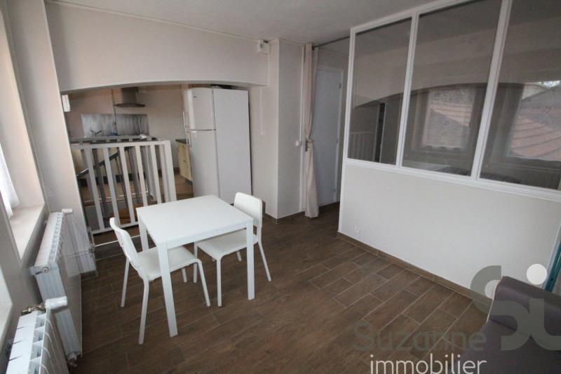 Rental apartment Fontaine 530€ CC - Picture 1