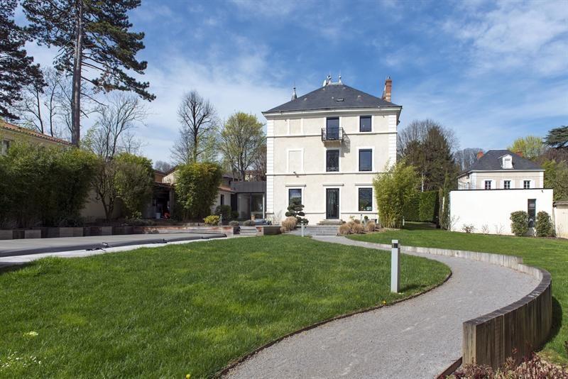 Deluxe sale house / villa Collonges-au-mont-d'or 1690000€ - Picture 3