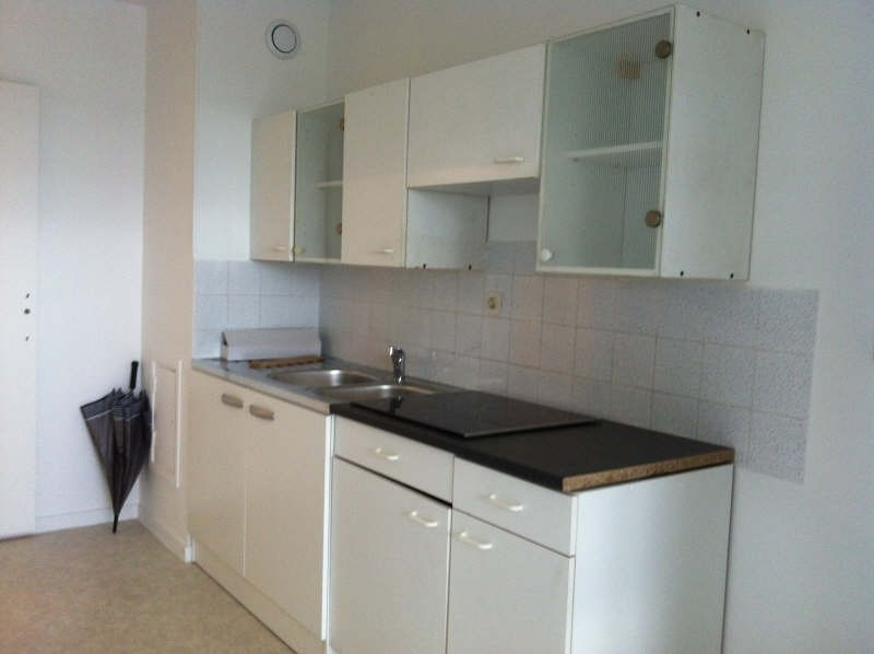 Rental apartment Evry 721€ CC - Picture 1