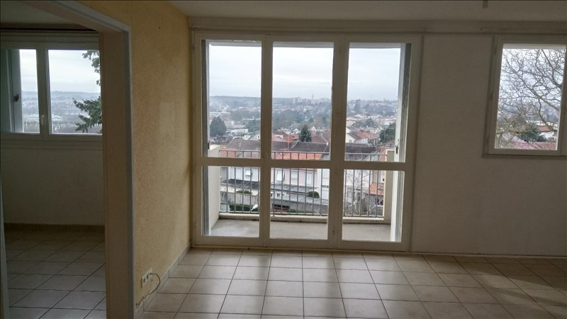 Sale apartment Cholet 65 300€ - Picture 1