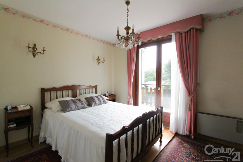 Deluxe sale house / villa Dardilly 630000€ - Picture 4