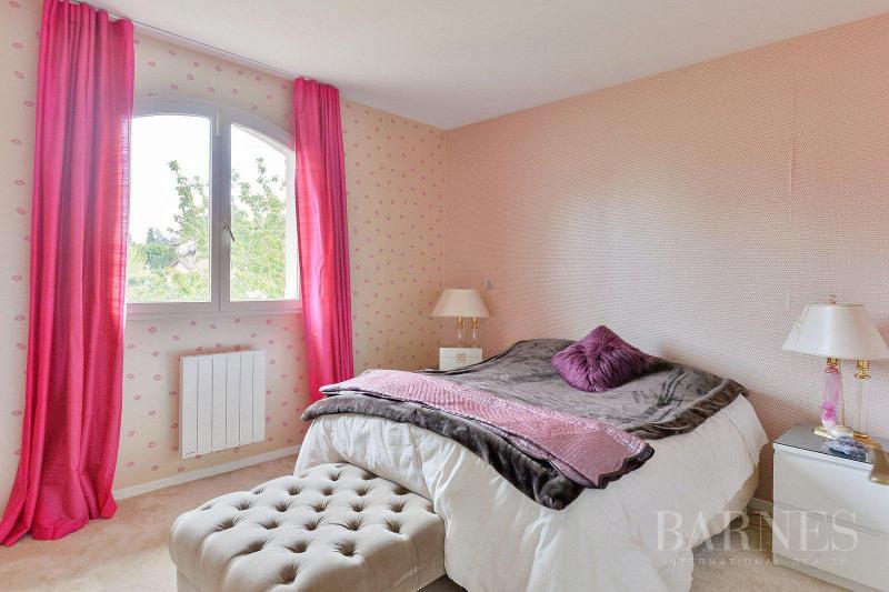 Deluxe sale house / villa Saint-bonnet-de-mure 649000€ - Picture 9