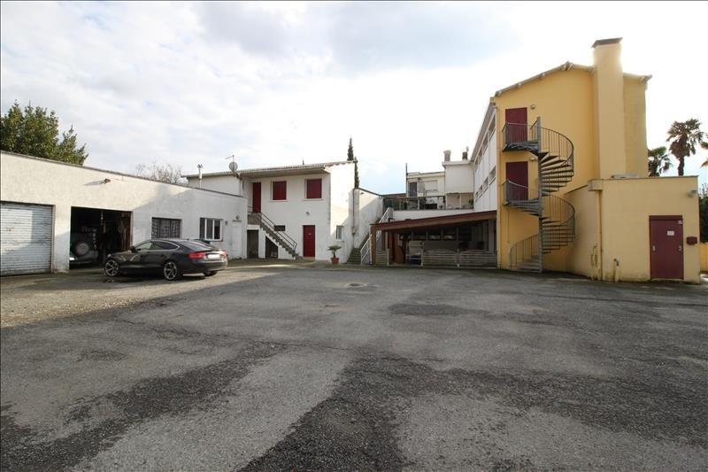 Produit d'investissement immeuble Lescar 402800€ - Photo 1