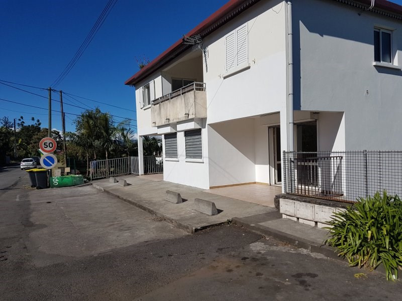 Location local commercial Le quatorzieme 1 050€ CC - Photo 6