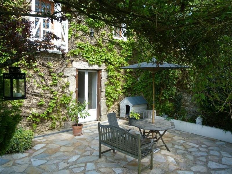 Sale house / villa Montfort l amaury 555000€ - Picture 2