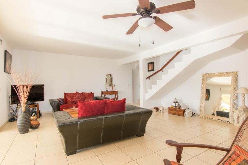Deluxe sale house / villa Saint gilles les bains 811200€ - Picture 4