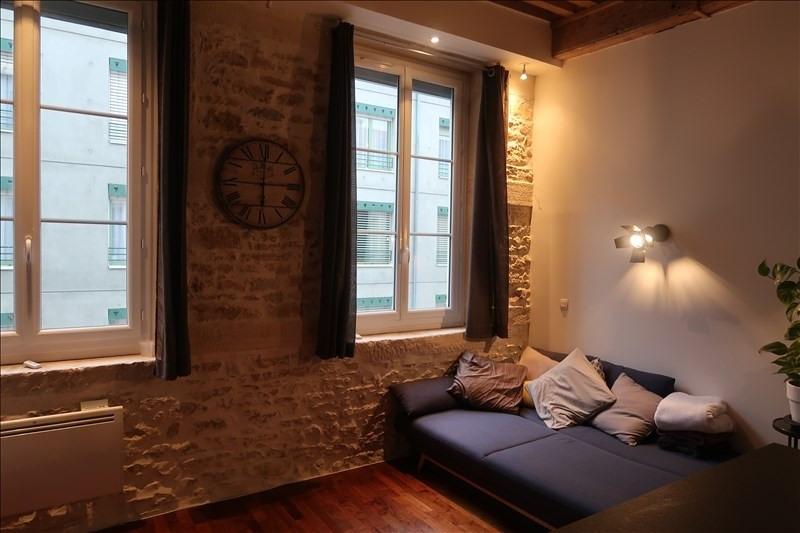 Sale apartment Lyon 4ème 379000€ - Picture 2