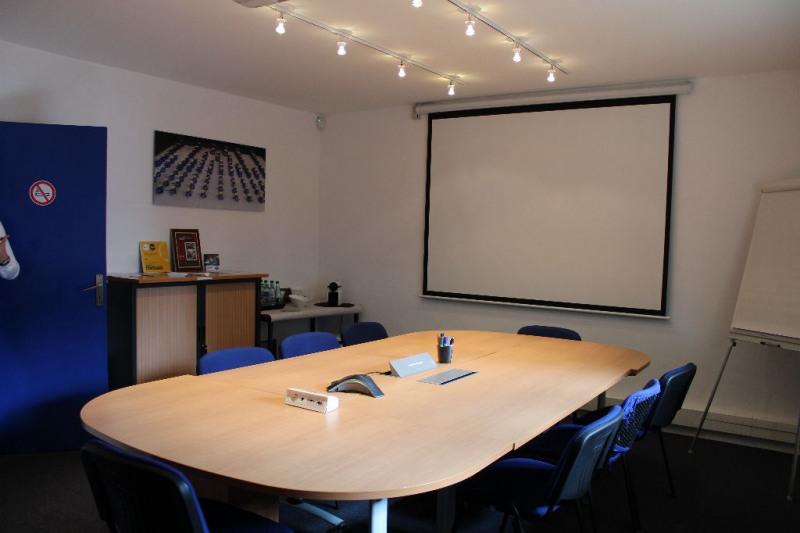 Sale empty room/storage Lambesc 997500€ - Picture 4
