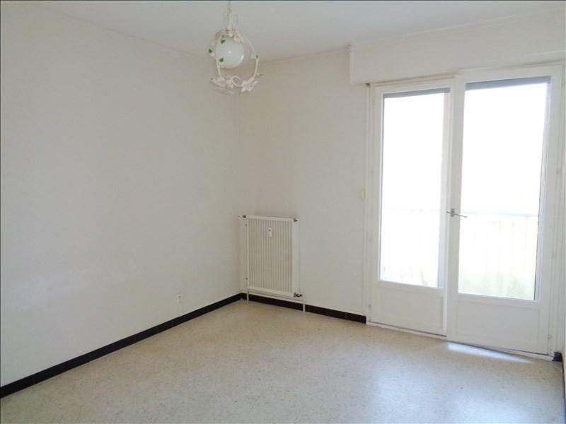 Location appartement La londe les maures 664€ CC - Photo 4